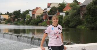 Stefanie Hüls am Calbenser Wehr