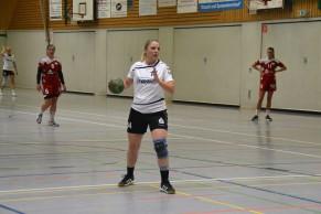 Mit Kampfgeist und Überblick übernahm Stefanie Hüls jede Menge Verantwortung für ihr Team. Auch ihren Siebenmeter verwandelte sie sicher.
